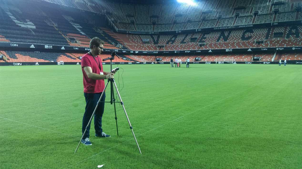 Iluminación de estadios de fútbol de la Liga Santander